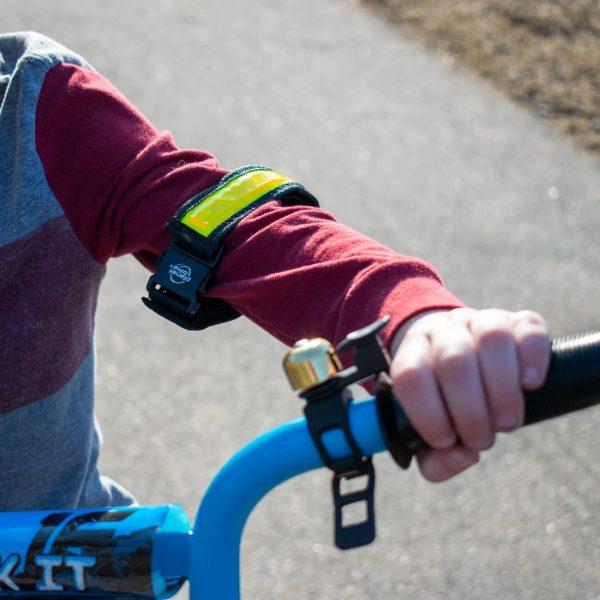 Planet Bike BRT Strap on child